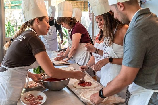 PIZZA SCHOOL EXPERIENCE - from Sorrento