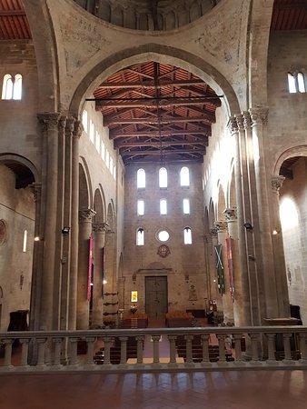 navata lato altare
