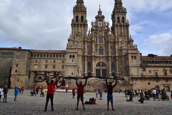 Visite auto-guidée en vélo électrique: Camino de Santiago