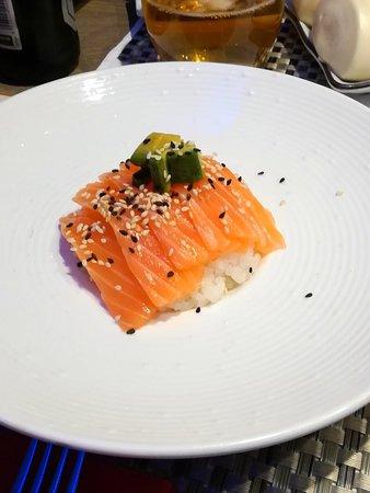 Ottima cena di sushi e sashimi...