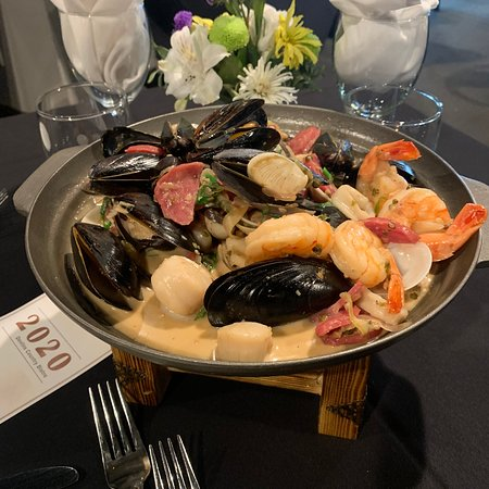 Sizzling seafood platter