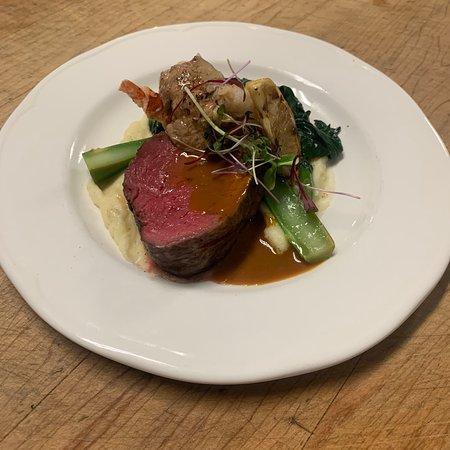 Seared beef tenderloin with Yukon gold, horseradish purée