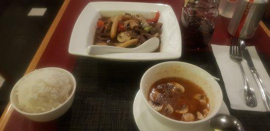 Thai Basil Restaurant Resmi