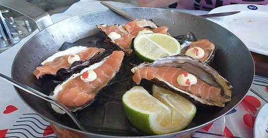 Salmon oysters