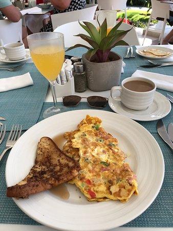 Great breakfast spot Las Brisas by pool and beach!