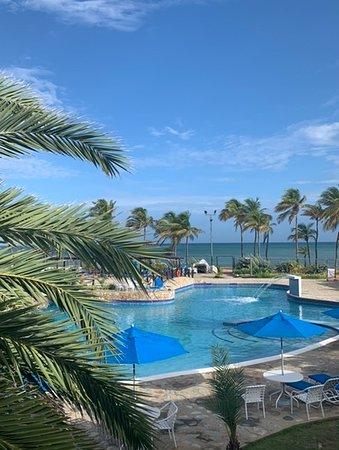 Buenas instalaciones y playa