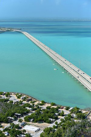 Marathon Shores, FL: Come check out the Seven Mile Bridge