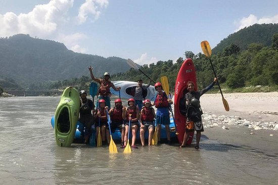 1 day Trishuli river rafting