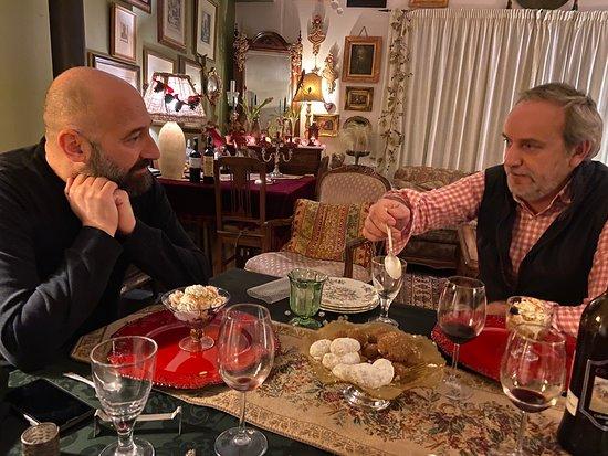 La magnifica serata da Dimitris e Savvas, festeggiando il compleanno di Roberto