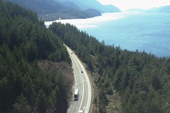 Vancouver Airport to Squamish by Bus (Round trip) – fotografia
