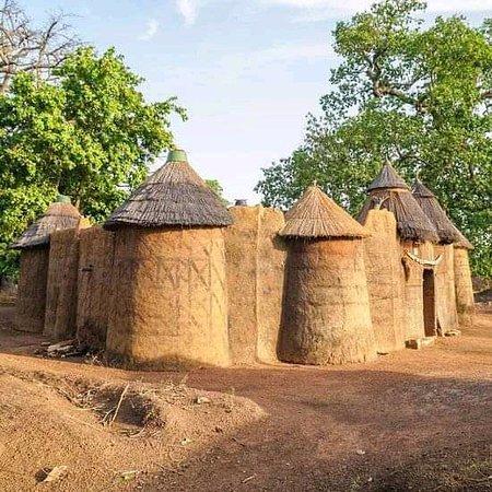 Boukombe, Бенин: Tatas Somba
