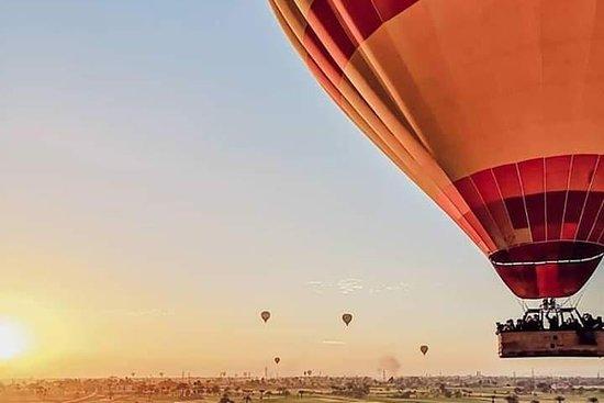 Hot Air Ballone Ride In Luxor Φωτογραφία