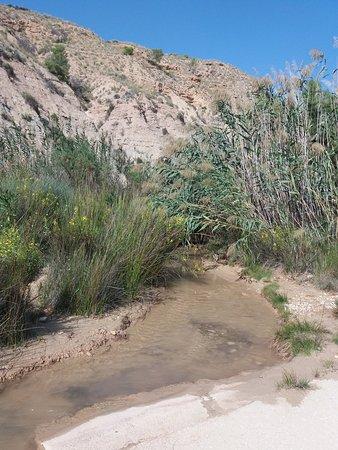 La Umbría, España: Accès au Rio Chicamo.