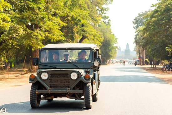Cambodia By Jeep Tours