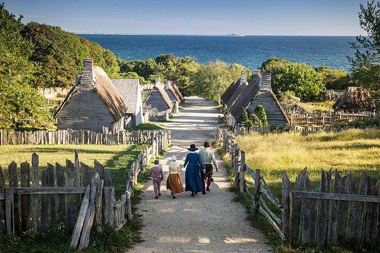 Plantación Plimoth, molino de molienda Plimoth y Mayflower II