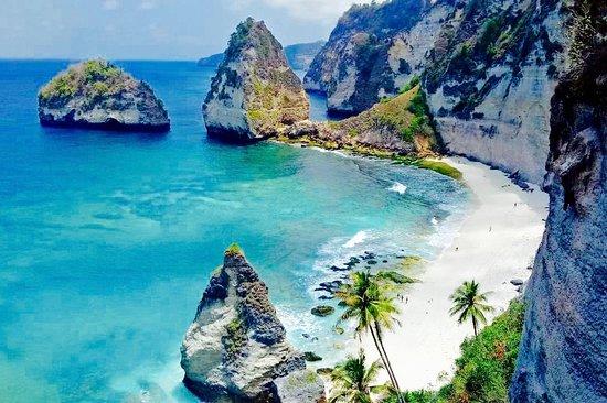 Nusa Penida Tour Guide