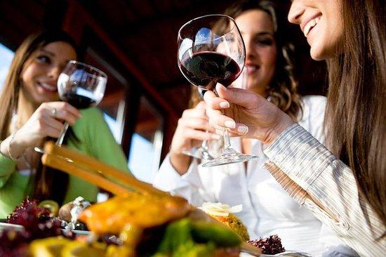 Niagara Wine Country Tour and Tasting