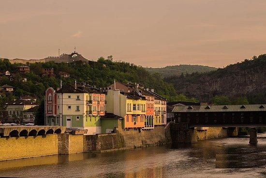 Lovech, Krushuna Fosser og Devetaki hule fra Sofia