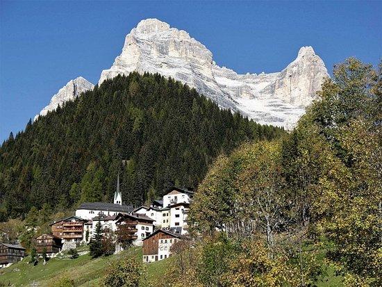 Zoppe di Cadore, Italia: Il borgo di Zoppè di Cadore