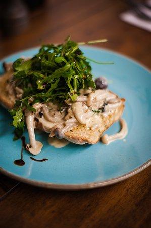 To Start - Garlic Mushrooms on Toast