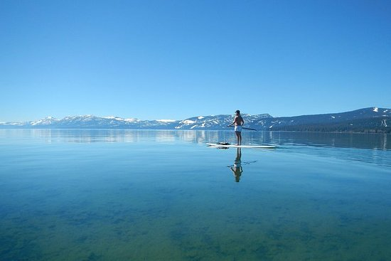 Lezione di Stand Up Paddleboard di 1 ora a Lake Tahoe
