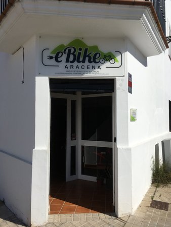 Parque Natural Sierra de Aracena y Picos de Aroche, España: È-bike Aracena Office in Aracena.