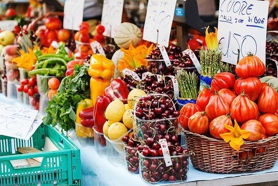 Tour del mercato per piccoli gruppi ed esperienza culinaria nella