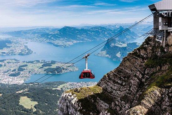 世界で最も急傾斜した歯車式登山鉄道によるピラトゥス山体験