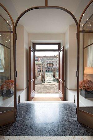 H10 Palazzo Canova, hôtels à Venise