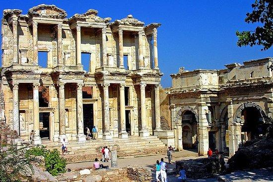 Visita privada a Ephesus desde los...
