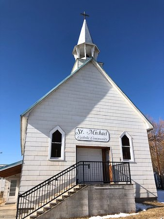 Drummond, MT: St. Michael RC Church front view