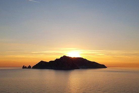 全天卡普里島白天和黑夜