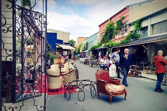 Paris Private and Customized Vintage Shopping Tour at Saint-Ouen Flea...