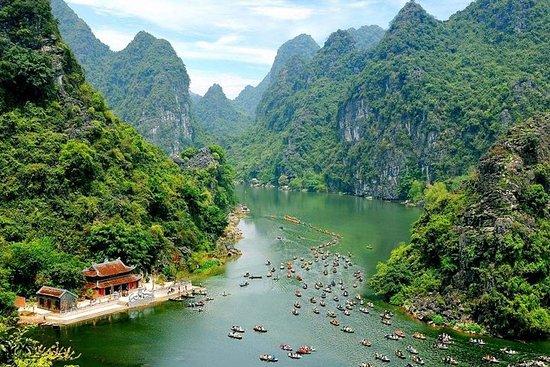 Dia inteiro em Bai Dinh Trang An Cave...