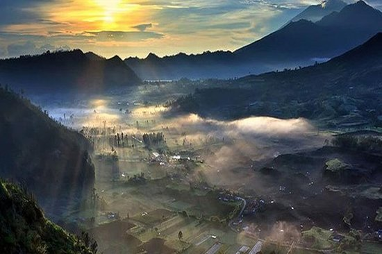 Vila oculta do céu e excursão a Ubud