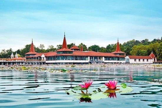 Visite privée du lac thermal d'Heviz et du château de Keszthely