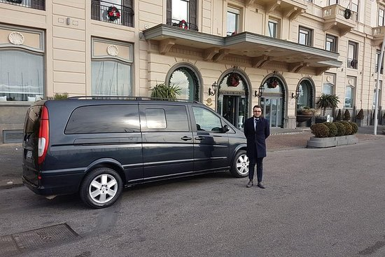 Transfer from Rome to Amalfi Coast with...