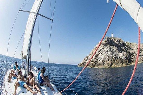 Tour in barca a vela VIP da Cala