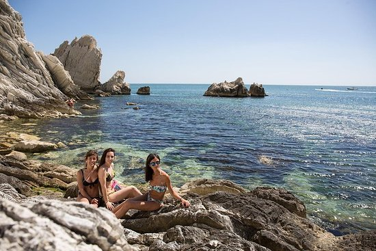 SuperAlba al Conero:向兩個姐妹劃獨木舟