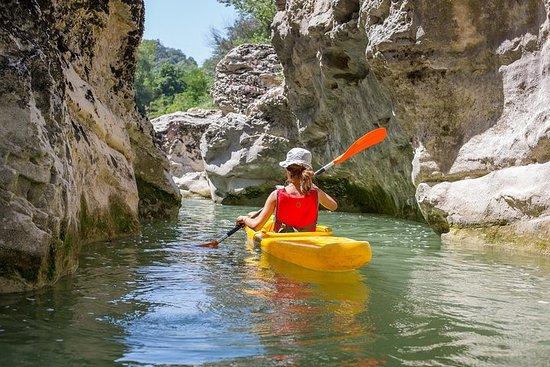 Aventura de canoa no Marmitte dei...