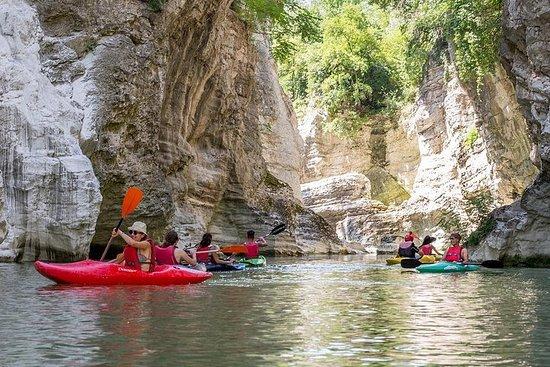 Marmitte dei Giganti的獨木舟冒險