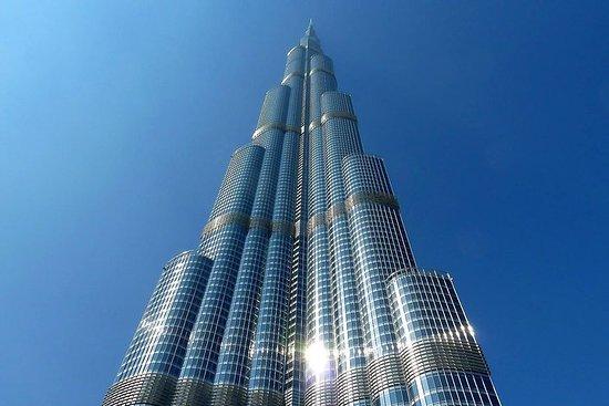 El Burj Khalifa- En el piso 124-125...