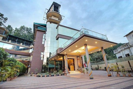 Hotel JSR Inn