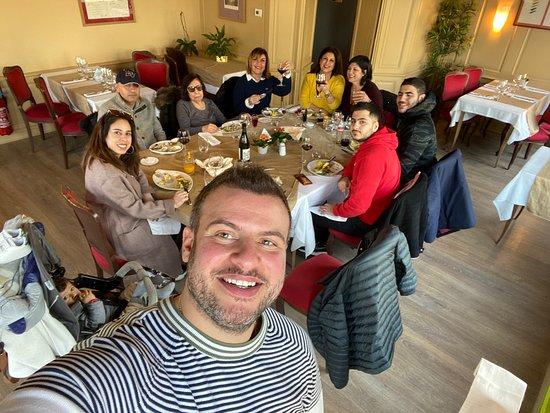 Beuzeville, Fransa: En famille dans l'intimité