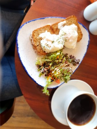 Good Lunch - Review of The Courthouse Bistro and Visitor