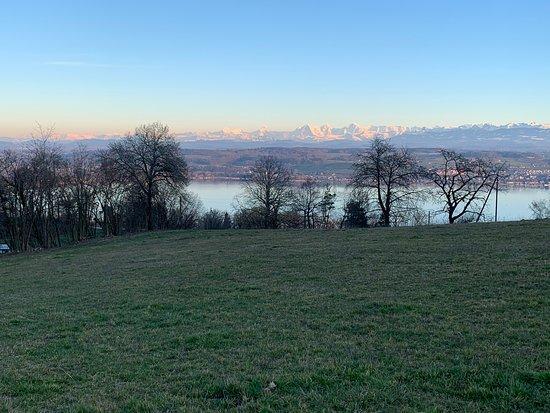Lugnorre, Швейцария: Bergpanorama