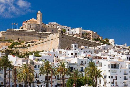 Tour privado de 4 horas por Ibiza...