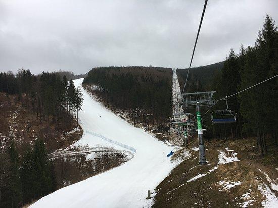 Kouty nad Desnou, Česká republika: Červená od lanovky dolů