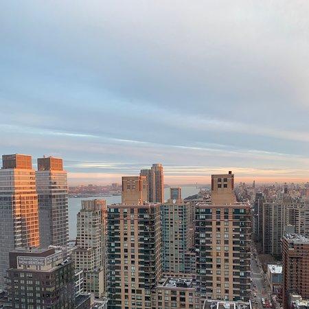 New York Mills, NY: New York City - Hudson River view