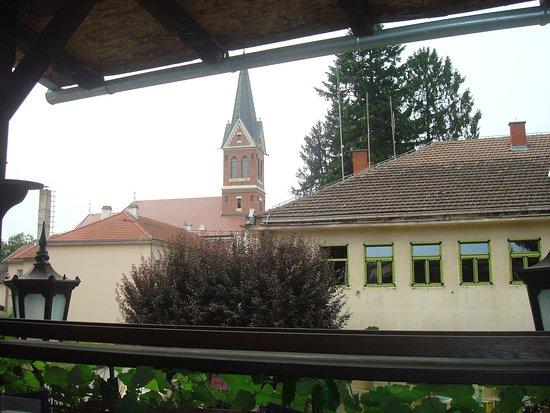 Slatina, Horvátország: View from the restaurant terrace